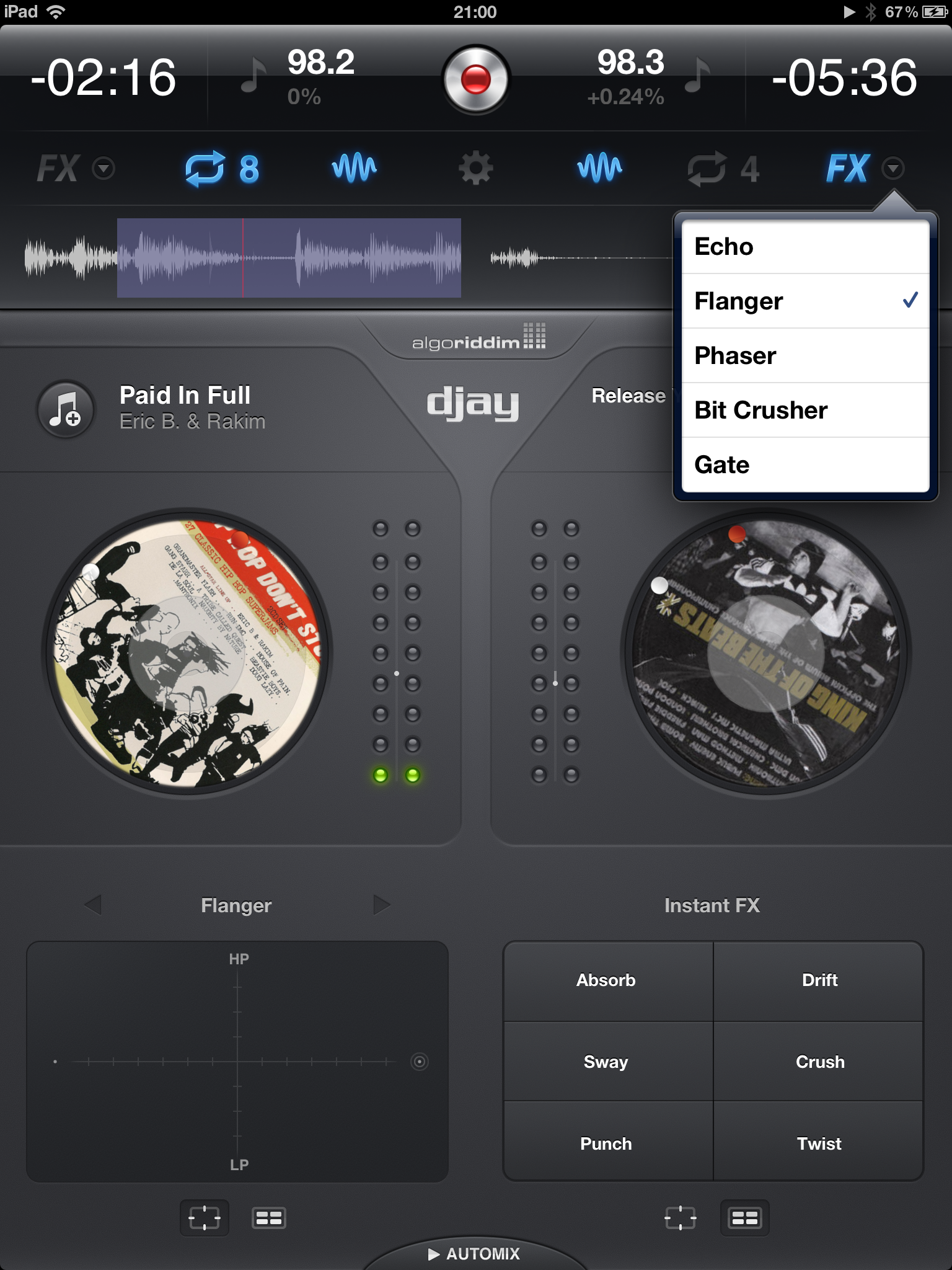 Redesigned djay interface with the iDJ Pro
